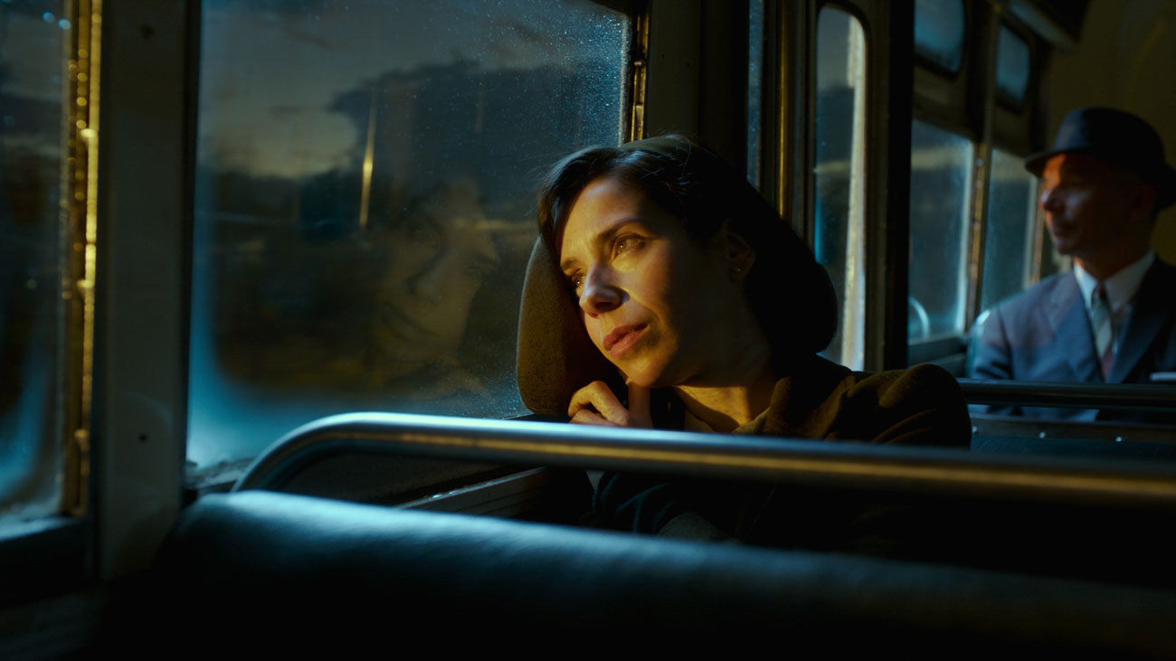 """Guillermo del Toro Creates a Magical and Otherworldly Masterpiece with """"The Shape of Water"""""""